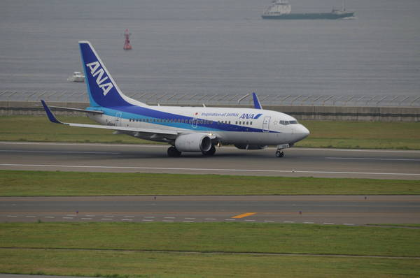 0006全日空737-700-180916_1002.JPG